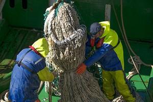 Noordzee-vissers aan het werk