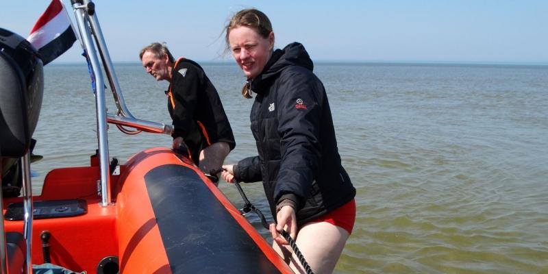 Op zoek naar een zeehond met visnet